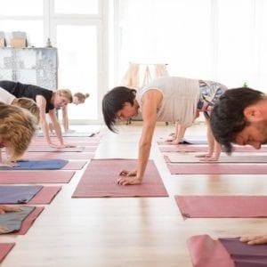 Extra Yoga Klasse – Kraftvolle Mitte und Stabilität (mit Nica, am Sa. 01.02.20)