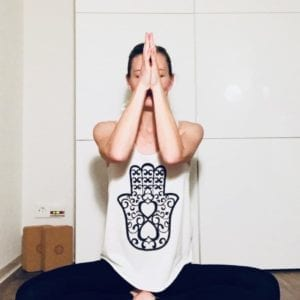 Yoga für innere Balance – Freie Yogastunde (mit Ariane, Sonntags von 18 bis 19.30)